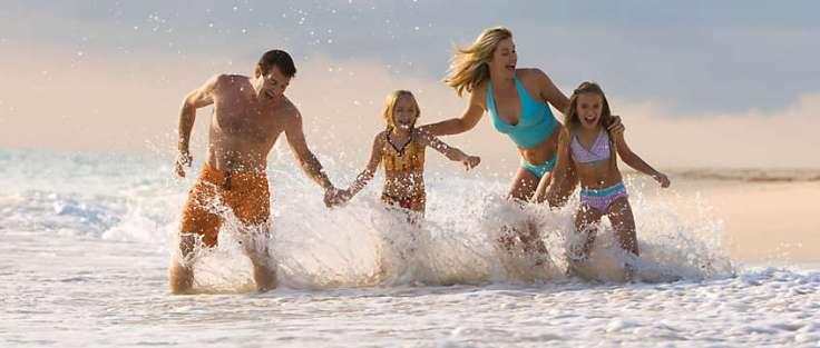 beach-vacations-family-02-1